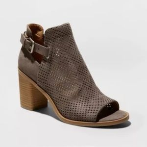 Women's Lizzy Microsuede Perforated Heeled Booties
